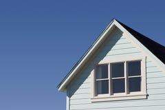 典型房子的屋顶 免版税图库摄影