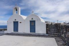 典型教会希腊希腊ia海岛的santorini 免版税图库摄影