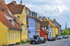 典型的五颜六色的房子在丹麦, 免版税库存照片