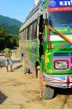 典型的公开公共汽车在尼泊尔 免版税库存图片