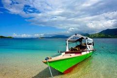 典型的印度尼西亚小船弗洛勒斯 免版税库存照片