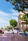 典型的大街在老镇在摩纳哥在一个晴天 图库摄影