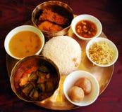 典型的孟加拉午餐thali 免版税库存图片