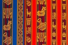 典型的安地斯山的纺织品秘鲁 库存图片