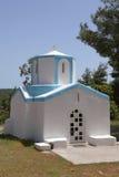 典型的希腊教堂 免版税库存照片