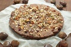 典型的意大利欧洲栗木蛋糕做用栗子 库存照片