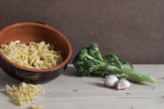 典型的意大利食谱的,健康烹调成份 库存图片