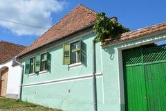 典型的房子在村庄Viscri,特兰西瓦尼亚 免版税图库摄影