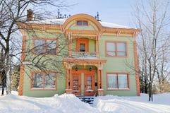 典型的房子 免版税库存照片