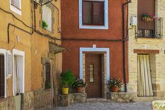 典型的村庄房子门面  库存照片
