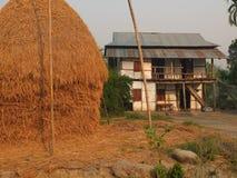 典型的村庄,尼泊尔的平原 免版税图库摄影