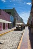 典型的殖民地街道在坎比其,墨西哥 库存照片
