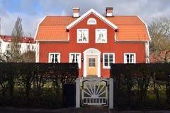 典型的瑞典农舍在卡尔马 免版税库存照片