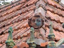 典型的砖屋顶装饰品,马德拉岛海岛,葡萄牙,欧洲 库存照片