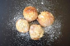 典型的自创传统甜酥皮点心 免版税库存图片