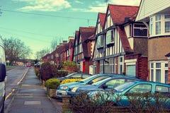典型的英国街道在伦敦。 免版税库存照片