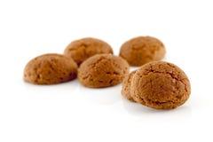 典型的荷兰甜点:为庆祝pepernoten (姜坚果) 免版税图库摄影