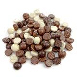 典型的荷兰甜点:巧克力pepernoten (姜坚果) 免版税库存照片