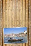 典型的葡萄牙木小船,叫- barcos rabelos-,半新i 库存图片