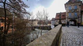 典型的街道和历史房子在琥珀,德国 免版税库存照片