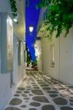 典型的街道在帕罗斯岛 库存照片