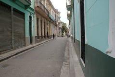 典型的街道视图在哈瓦那 免版税图库摄影
