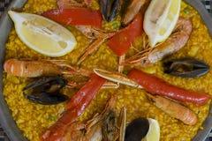典型的西班牙肉菜饭 免版税图库摄影