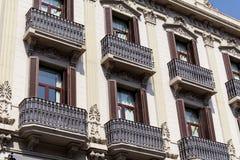 典型的西班牙葡萄酒大厦在巴塞罗那,西班牙语 图库摄影