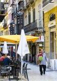 典型的西班牙街道咖啡馆在马拉加 免版税库存照片