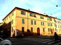 典型的都市风景在费拉拉,意大利 免版税图库摄影