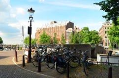 典型的阿姆斯特丹 免版税库存照片