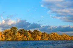 典型的10月天气在东欧 库存照片