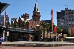 经典大厦在岩石城市在悉尼 免版税库存图片