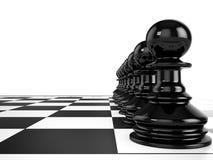 黑典当在棋枰连续站立 免版税库存图片