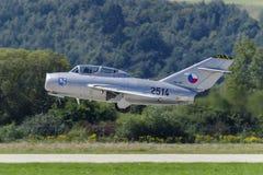 经典捷克米格-15喷气式歼击机 免版税库存照片