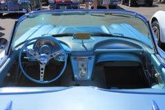 经典汽车:1958年雪佛兰轻武装快舰/仪表板 库存照片