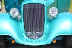 经典汽车绿色格栅跑车Hotrod 库存照片