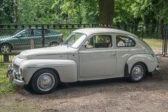 经典瑞典汽车B18停放的富豪集团 免版税库存图片