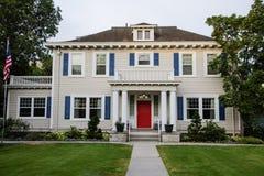 经典美国房子 库存照片