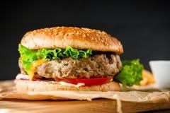 经典美国汉堡包用牛肉 可能 图库摄影