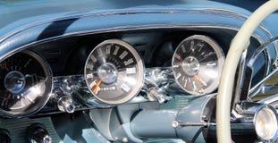 经典美国跑车内部 免版税库存图片