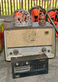 经典老古色古香的收音机 免版税库存照片