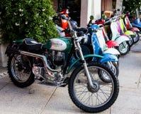 经典葡萄酒摩托车 免版税库存图片