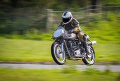经典赛跑的摩托车 库存照片