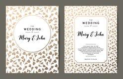 典雅的婚礼邀请背景 与金花饰的卡片设计 库存图片
