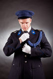 典雅的战士佩带的制服 图库摄影