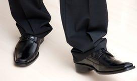 典雅的男性鞋子 免版税库存图片