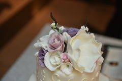 典雅的蛋糕 免版税图库摄影