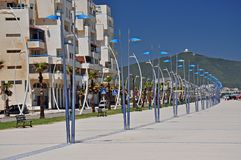 典雅的街灯弧在Martil散步的 摩洛哥 闹事 图库摄影