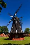 经典风车在北欧 免版税库存照片